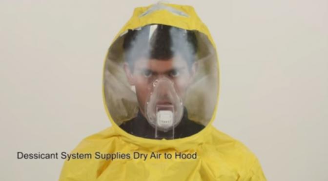 エボラ出血熱用防護服の新デザインは「患者を安心させる」デザインにージョンズ・ホプキンス大