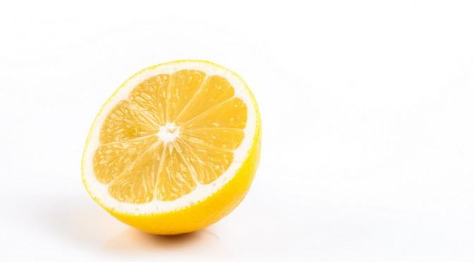 レモンには結石(腎結石・尿管結石)を予防する効果がある!?
