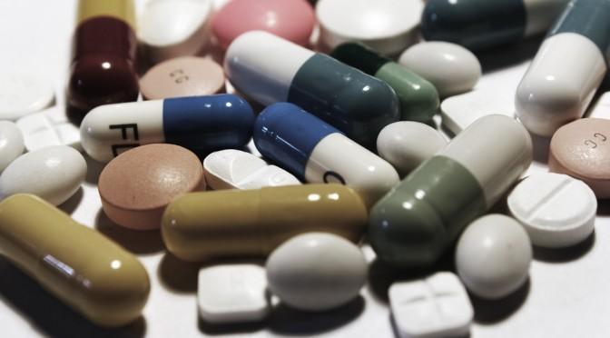 薬剤師が健康相談や医薬品の情報提供を行う「健康サポート薬局」|厚労省