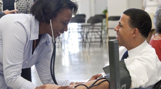 なぜHbA1cの値が高いと心筋梗塞や脳卒中のリスクが高まるのか?|国立がん研究センターと東京女子医大など