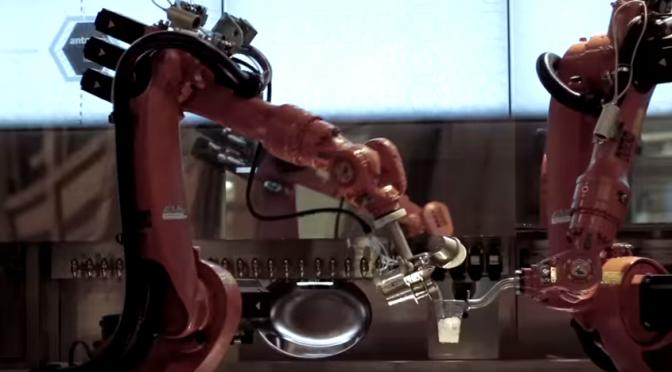バーテンダーロボットによってバーテンダーの仕事はなくなってしまう?