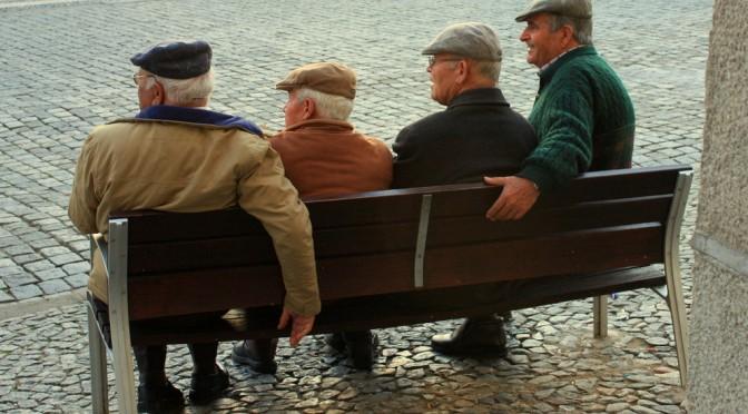うつ病性仮性認知症対策|前頭葉の血流を増やす方法は有酸素運動(散歩など)+知的刺激(川柳など)を行う「コグニサイズ」|たけしの家庭の医学