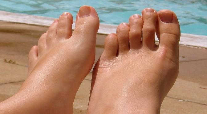 陥入爪(巻き爪)とは|陥入爪の症状・原因・治療・予防