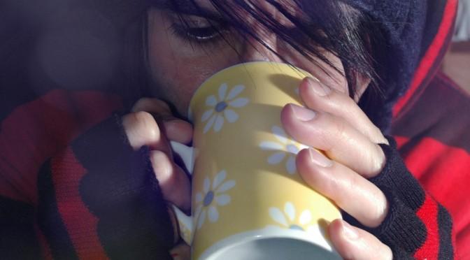 体の不調の原因は低体温? 平熱が下がる原因と影響は?