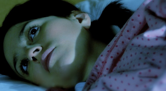 更年期の不眠(眠れない・寝付けない・目が覚める)の原因・対策|更年期障害の症状
