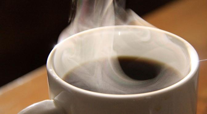 コーヒーに脂肪肝予防効果 飲む量減ると発症しやすく|なぜ脂肪肝の抑制にコーヒーが効果的なのか?