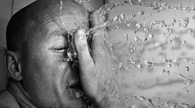 体がほてる・のぼせる|男性更年期のほてり・のぼせの原因|男性更年期障害の症状