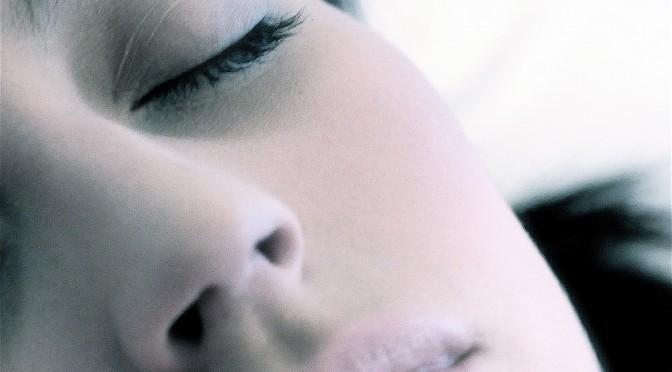 食後の眠気は動脈硬化のサイン?チェック方法・対策