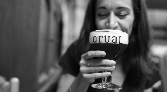 酒を飲み過ぎて嘔吐するのは、体が緊急事態のサイン!