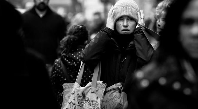 頭痛|なぜ冷えによって頭が痛くなるのか?原因・対策|冷え性の症状