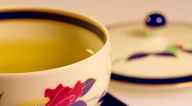 緑茶の消費量が多い女性は肝臓ガンが少ない!?お茶カテキンで脂肪が減り肝機能が改善!