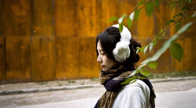 冬の肌荒れの原因は、乾燥した空気だけでなく、気温の低下にもある|ポーラ化成など