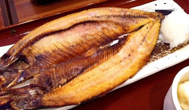 お米より先に魚や肉などを食べると血糖値が抑制される!?|関西電力医学研究所【論文・エビデンス】