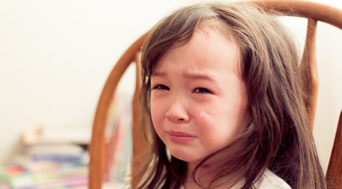 どうして花粉症になると、涙が出る(涙の量が増える)のか? 花粉症の症状