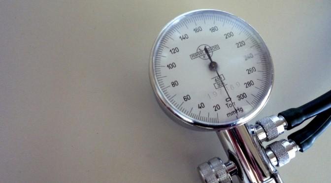 肥満+高めの血圧で心房細動のなりやすさが1.7倍に上がる!?|国立循環器病研究センター