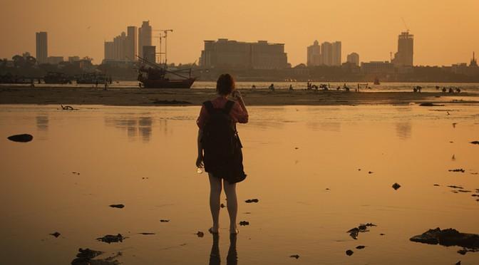 あなたは歩き方から感情を読み取ることができますか? 人間の感情を先読みして、日常生活を支援するロボットの開発も期待 東京農工大・筑波大