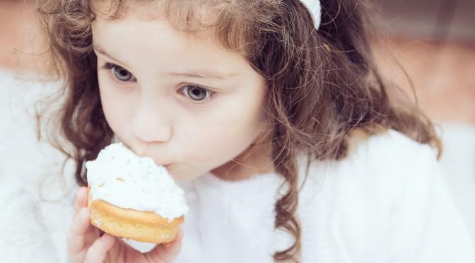 ダイエット中に甘いものを食べてしまうのは、ダイエットをしていることを忘れてしまっているから!?