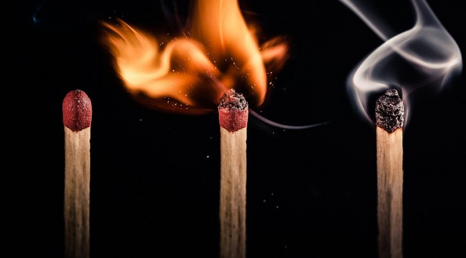 COPDチェック(マッチ吹きテスト)|たけしの本当は怖い家庭の医学