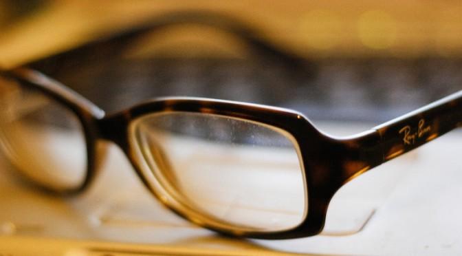コンタクトレンズの子供は眼鏡の子供より外見に自信|米オハイオ州立眼科大学調査