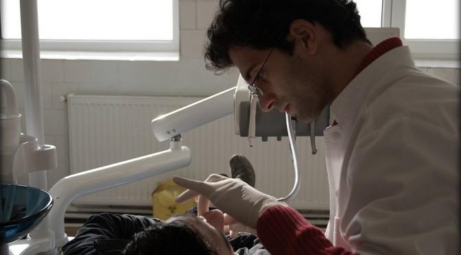 オーラルケアで歯周病予防|予防歯科(セルフケアと歯科医によるケア)