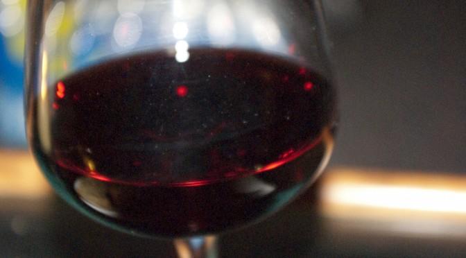 赤ワインのポリフェノール「レスベラトロール」には健康への効果は確認できずー研究