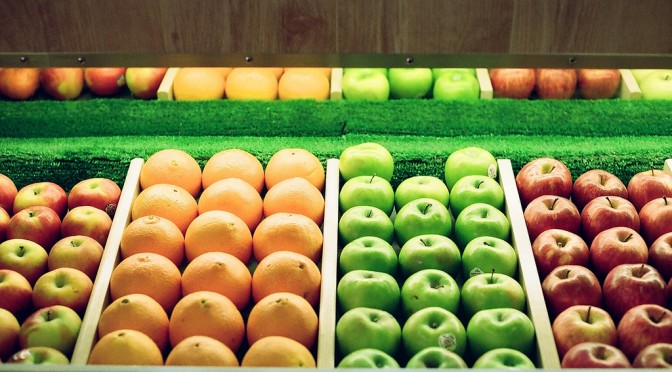 花粉症の人で「口の中がピリピリしびれる」は要注意!野菜や果物でアレルギー反応が起きる!?