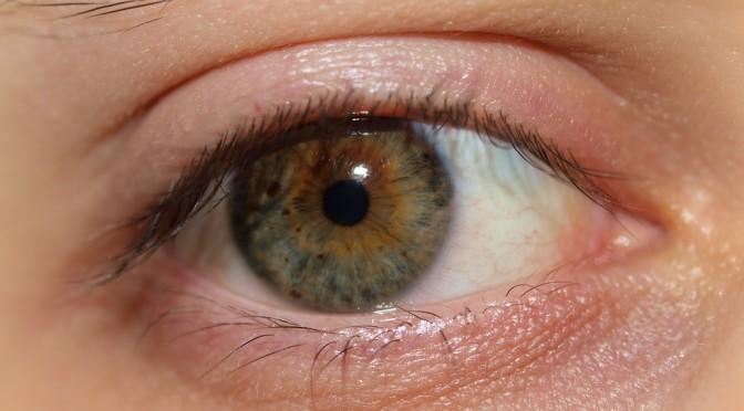 「目のくま」と「低体温・冷え性」と「乾燥」には関連がある!?