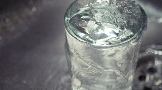 水中毒の症状・原因|水を飲み過ぎると中毒症状を起こすこともある!?