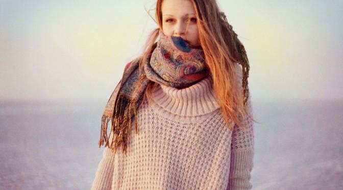 体が一番暖かくなるワンループ巻きの巻き方|マフラーの巻き方で暖かさに差がある!?|#この差