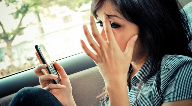 Twitterで頻繁にツイートする人ほど交際が長続きしない?