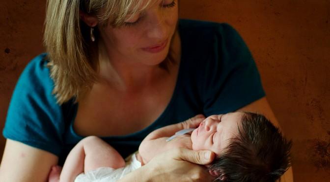 出産間近のお客様へ「元気な赤ちゃんが生まれますように」|青汁お客様の声