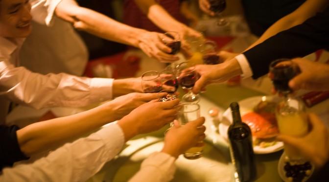 歓迎会シーズンを乗り切るための「正しいお酒の飲み方5か条」