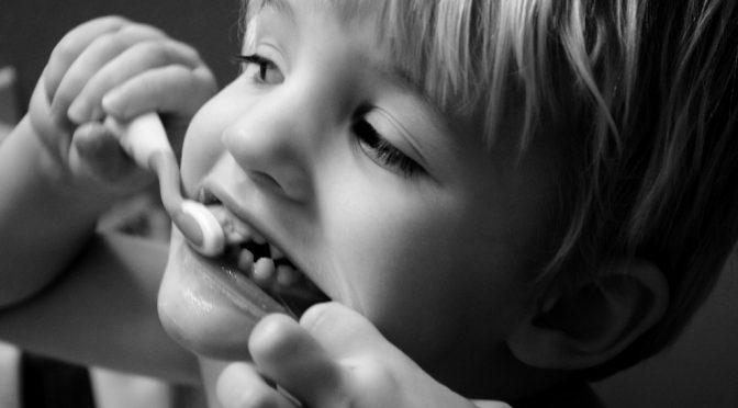 米男性、親知らずの歯痛(感染症)で死亡