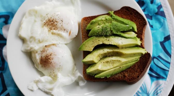 アボカドダイエットの効果・方法(やり方)|デヴィ夫人ダイエット