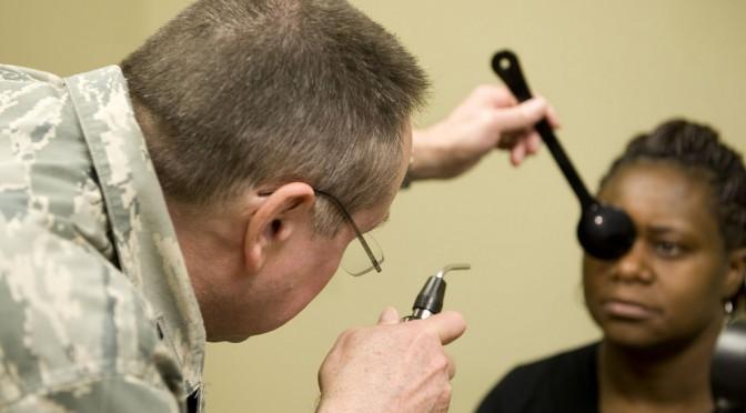 目の病気の自覚がなくても40代から眼底検査をしよう!