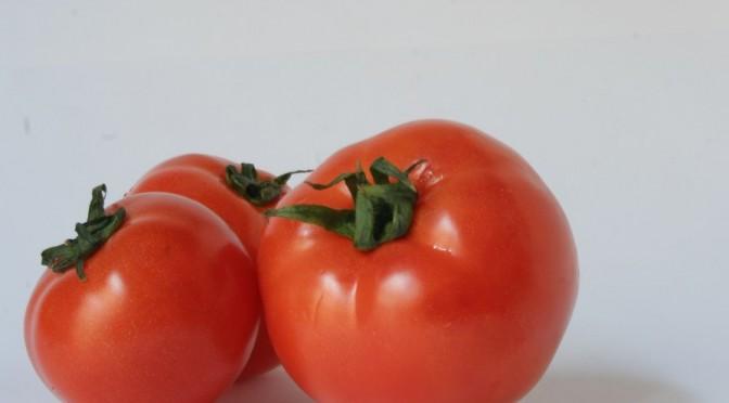 トマト+ピーナッツ+オスモチンで肺がん予防
