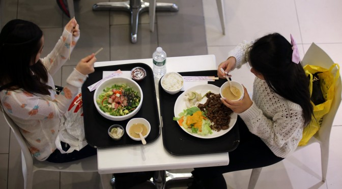 間違ったダイエットでビタミンB12が欠乏するとどうなるか?