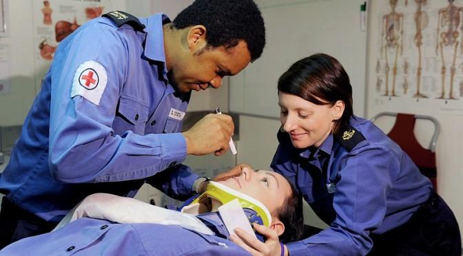 10月10日は「#目の愛護デー」|40歳過ぎたら眼科検診を