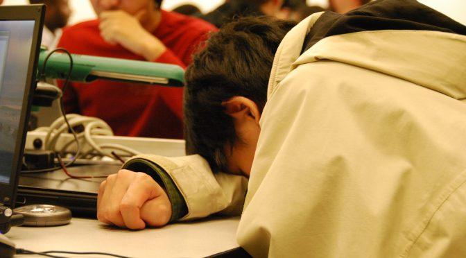 体がだるい(倦怠感)|なぜ肝機能が低下すると疲れやすくなるのか?