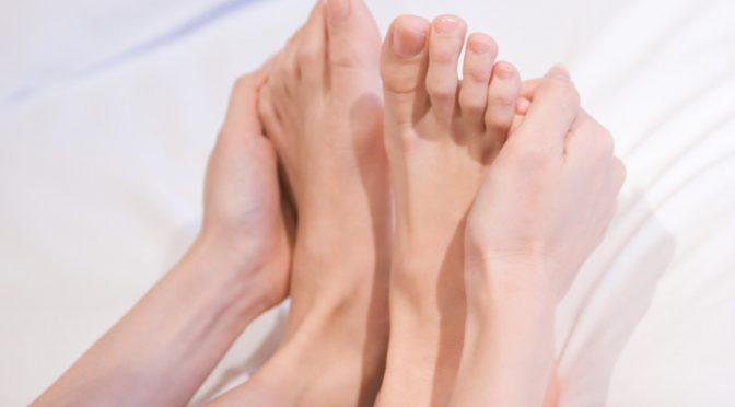 手足のしびれが病気の前兆!?しびれの特徴から病気をチェックする方法