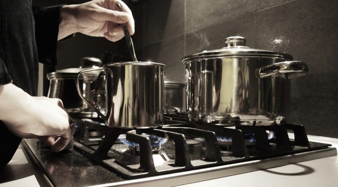血圧が高いお父さんへの #父の日プレゼント に #高血圧 予防の #減塩 #レシピ で作った手料理はいかが?