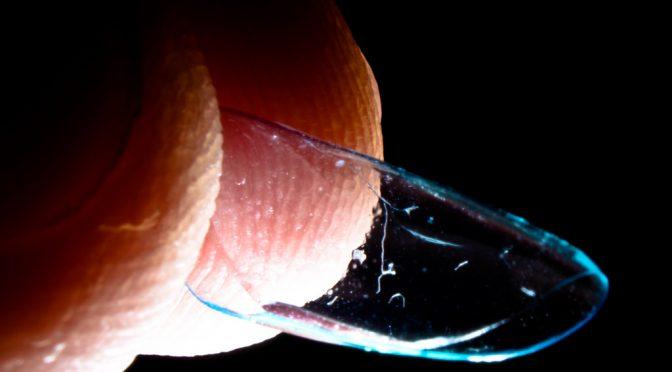 <コンタクトレンズ>増える角膜感染症汚れによる傷が原因、失明も