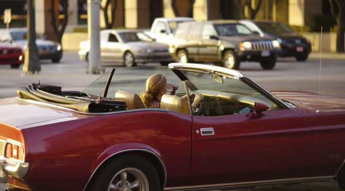 オープンカー(convertible)の運転、騒音性難聴のリスクも=英調査