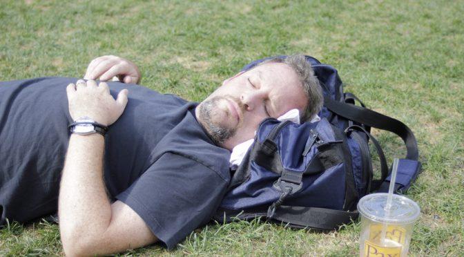 睡眠不足の中高年、高血圧の危険が高まる|米シカゴ大学