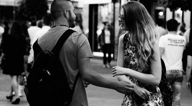 恋をすると女性はキレイになるというけれど、男性はどうなる?