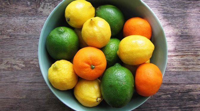 レモンを食べると骨粗しょう症予防や高血圧改善に効果がある|県立広島大