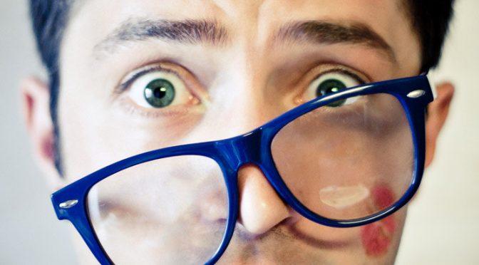 キスマーク(キスした時に肌を吸引する)で血栓ができ脳梗塞を引き起こすことは本当にあるのか?