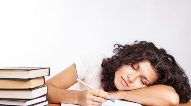『夏の冷え』で倦怠感、食欲不振を感じていませんか?秋バテの症状・原因・予防