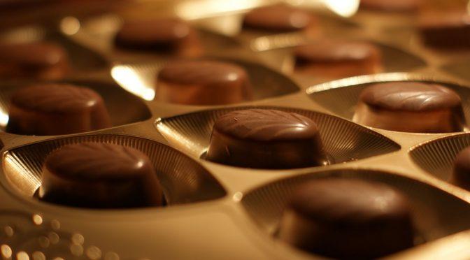 チョコレートで血圧が下がる!?|高血圧モデルラットを用いたカカオポリフェノール(CBP)の血圧上昇抑制効果を確認|明治