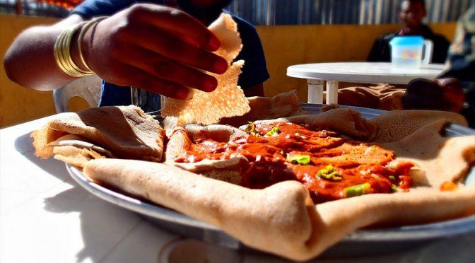 満腹になるまで早食いをする人は、そうでない人に比べ3倍、太り過ぎになりやすい|大阪大